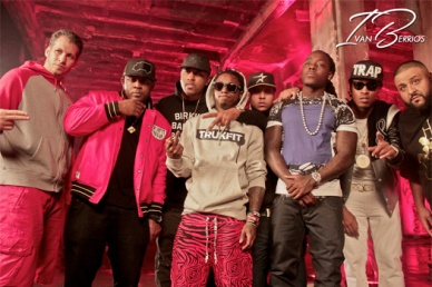 dj-khaled-lil-wayne-future-ti-ace-hood-models-bottles-video-shoot15